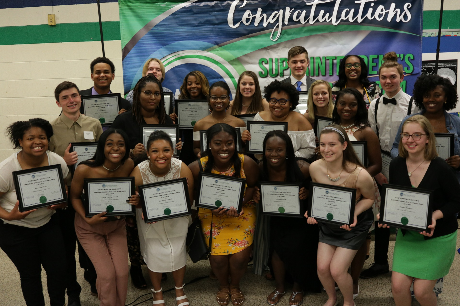 ??????? Winton Woods High School's Honors Diploma Scholars are shown at the 2018 Honors Diploma Scholars Dinner. Photo by Drew Jackson.